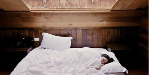 verminder slapeloosheidsproblemen met meditatie